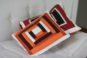 log-cabin pillow 1